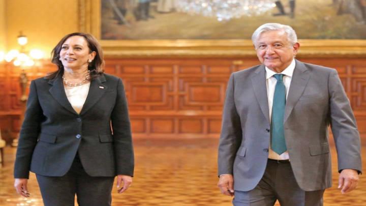 El encuentro entre ambas comitivas se realizo en el Palacio Nacional