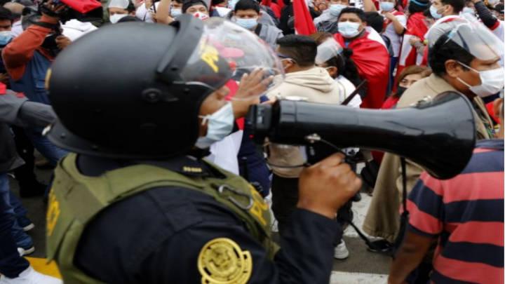 La Pandemia en Perú azota a los agentes policiales