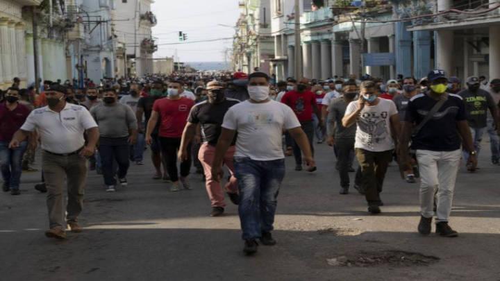 Marcha de oposición es frenada por gobierno cubano